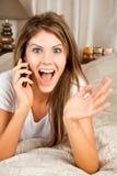 Giovane telefonata della donna di bellezza Fotografia Stock