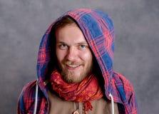 Giovane uomo barbuto in camicia a quadretti Fotografia Stock
