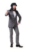 Giovane uomo bello in cappuccio moderno che mostra segno giusto Fotografia Stock Libera da Diritti