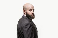 Giovane uomo calvo con una barba fotografie stock