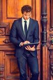 Giovane uomo d'affari che lavora a New York Fotografie Stock