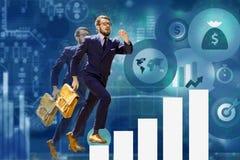 Giovane uomo d'affari che salta sopra i punti del grafico o del grafico Fotografia Stock Libera da Diritti