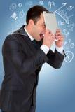 Giovane uomo d'affari maschio ed i suoi pensieri Immagini Stock Libere da Diritti