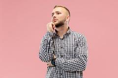 Giovane uomo d'affari premuroso serio Concetto di dubbio fotografia stock