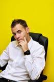 Giovane uomo di affari che pensa 02 Fotografia Stock Libera da Diritti