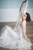 Giovane velare del wih della sposa Fotografia Stock