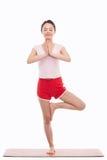 Giovane yoga asiatica di esercizio della donna Fotografie Stock Libere da Diritti