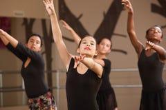 Giovani allievi di balletto Immagine Stock