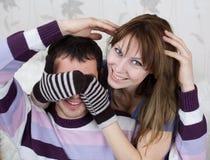 Giovani amanti nella stanza Fotografia Stock