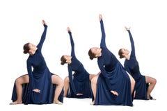 Giovani ballerini che ballano sopra il backgroud bianco Immagine Stock Libera da Diritti