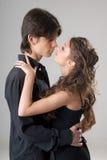 Giovani coppie amorous felici Immagini Stock Libere da Diritti