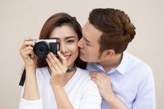 Giovani coppie asiatiche fotografie stock