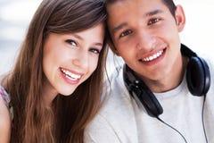 Giovani coppie casuali Fotografia Stock
