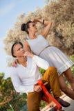 Giovani coppie d'avanguardia eleganti Fotografia Stock