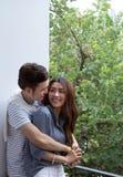 Giovani coppie felici asiatiche fotografie stock libere da diritti