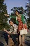 Giovani coppie Hitching Fotografie Stock Libere da Diritti