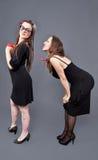 Giovani coppie lesbiche parallele Fotografia Stock Libera da Diritti