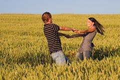 Giovani coppie nell'amore Immagine Stock Libera da Diritti
