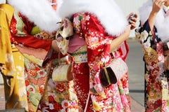 Giovani donne giapponesi in kimono Fotografie Stock