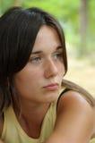 Giovani donne pensive Fotografie Stock Libere da Diritti