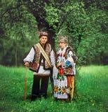 Giovani hutsuly alle nozze. fotografia stock