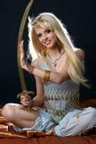 giovani orientali della ragazza del bello vestito blu Fotografia Stock