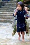 Giovani ragazza & bambino di H'mong Fotografie Stock