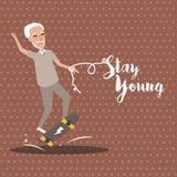 Giovani senior felici attivi di soggiorno del bordo del pattino del gioco del nonno vecchi Immagine Stock