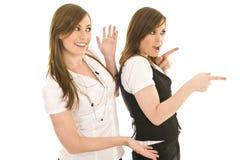 Giovani signore di affari che interagiscono Fotografia Stock Libera da Diritti