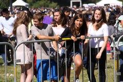 Giovani ventilatori al concerto di San Francisco Fotografie Stock