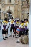 Giovani vestiti in vestiti asturiani tipici Fotografia Stock Libera da Diritti