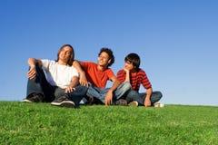 Gioventù che raffredda fuori Immagine Stock Libera da Diritti