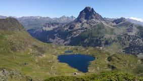 Gipfel des Berges Ayous stockbild