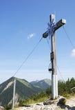 Gipfel-Kreuz Stockfotos