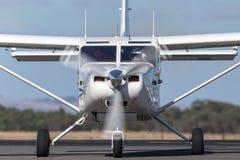 Gippsland aeronautyka GA8 Airvan VH-SXK pojedynczego silnika oszczędnościowy samolot używa dla skydiving operacje zdjęcia royalty free