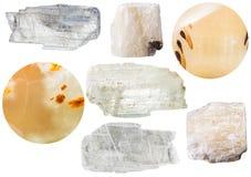 Gipsmineralstenar - kristaller och selenite Royaltyfri Fotografi