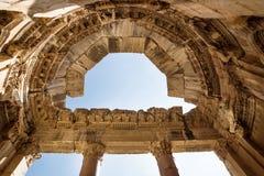 Gipspleister en Kolommen bij de tempel van Jupiter in Baalbek, Bekaa-vallei, Libanon royalty-vrije stock afbeelding