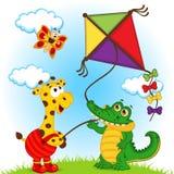 Giraf en krokodil die een vlieger lanceren royalty-vrije illustratie