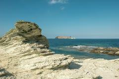 Giraglia海岛在可西嘉岛的北一角的 免版税库存照片