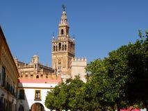 Giralda in Sevilla lizenzfreie stockfotografie