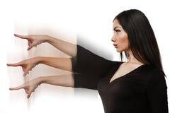 Girig kvinna som pekar fingret Royaltyfria Bilder