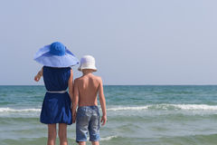 Girl and the boy went to the sea Royalty Free Stock Photography