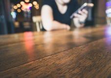 Girl Chatting on phone Bar Nightclub nightlife Royalty Free Stock Photography