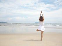 girl doing yoga Royalty Free Stock Photos
