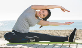 Girl doing yoga Stock Photography