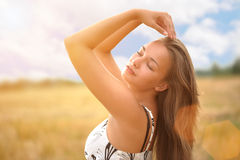 Girl in field Royalty Free Stock Photos