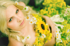 Girl with flovers Royalty Free Stock Images