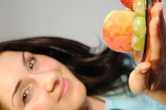 Girl with fruits1 Royalty Free Stock Photos