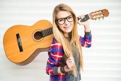Girl with gitar Royalty Free Stock Photos