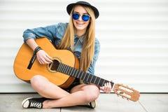 Girl with gitar Royalty Free Stock Photography